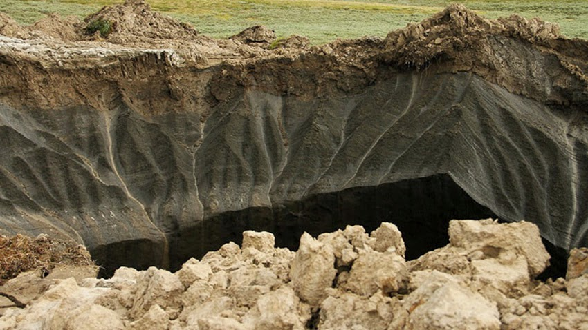 MONUMENTAL GEOLOGICAL UPHEAVALS: Planetary Transformations - Mysterious Giant Sinkholes Emerge In Siberian Village?! Siberia_sinkholes01