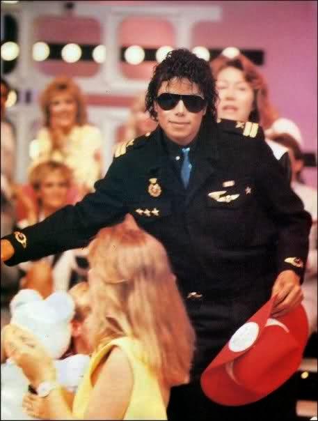 Foto di Michael e i bambini - Pagina 22 2u921k2
