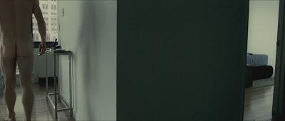 Hình ảnh toàn thân của nam diễn viên khi đóng phim A9Mp0