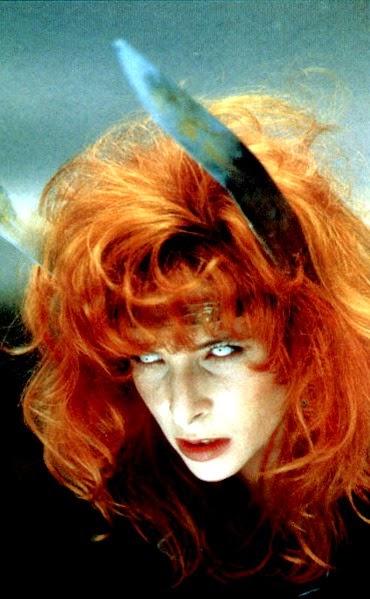 Le secret occulte des stars de la musique comme instrument de séduction et de domination des âmes  1988-Marianne-Rosenstiehl-004b