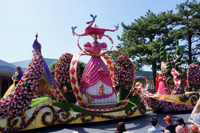 [Magic Kingdom] Disney Festival of Fantasy Parade (09 mars 2014) - Page 2 DSC00763