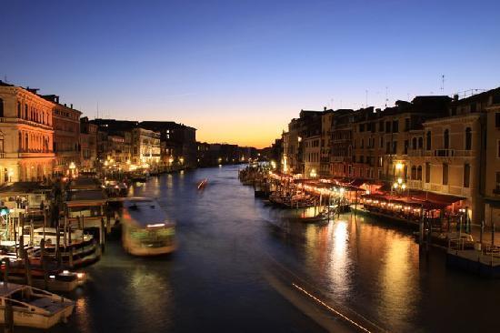 رحلة إلى مدينة القوارب البندقية '' فينيسيا  The-venice-experience