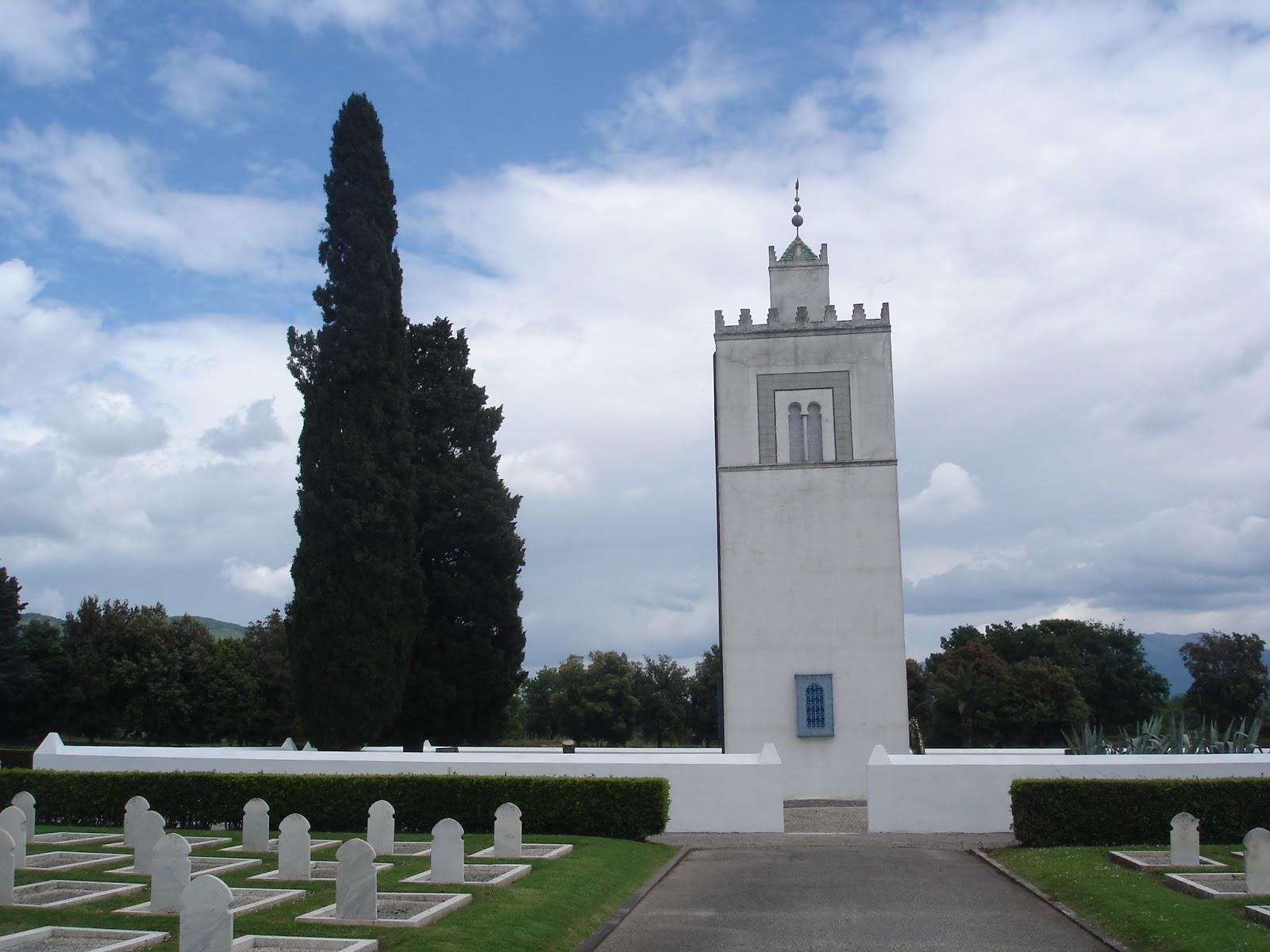 Le cimetière militaire français de Venafro en Italie.  DSC04918