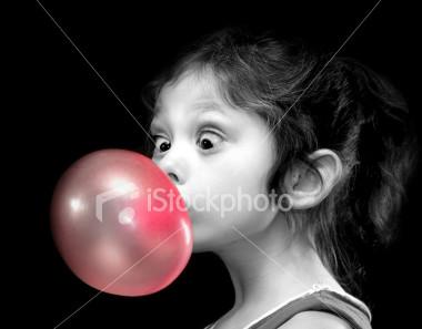Responda só com imagens. - Página 2 Bubble_gum_girl