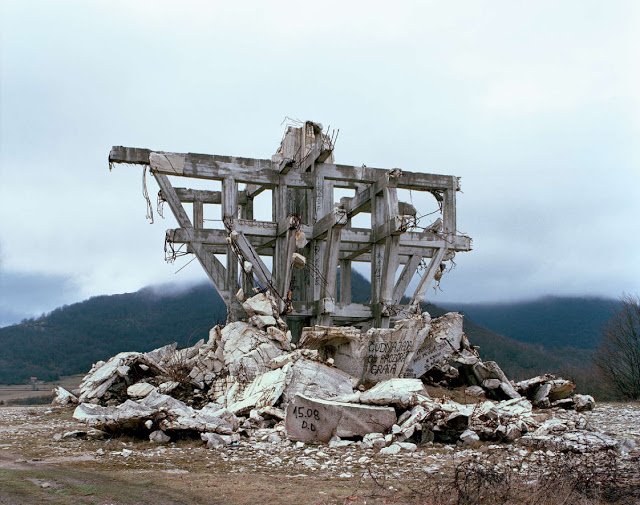 Construcciones abandonadas de la antigua URSS Spomenik_15