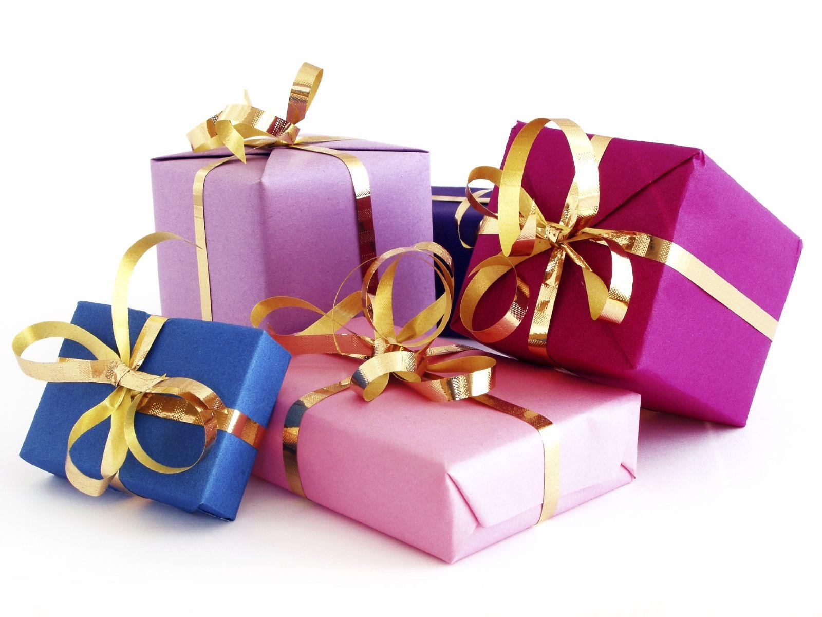 وصلت 16 الف لللللولليش Christmas-Gifts-for-Parents-2
