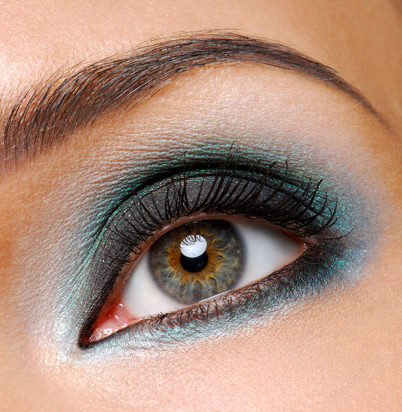 I Love Make Up - Pagina 2 Bigstockphoto_fashion_ceremonial_makeup_3692580.s600x600
