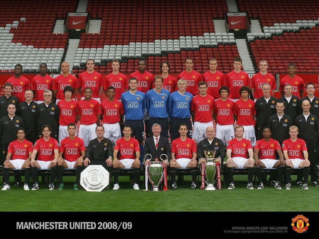 Hilo del Manchester United Manchester-United-Squad-Wallpaper-2008-2009