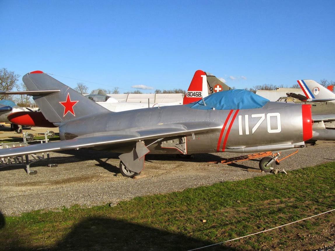 Une surprise nommée MiG-15 . MIG_07