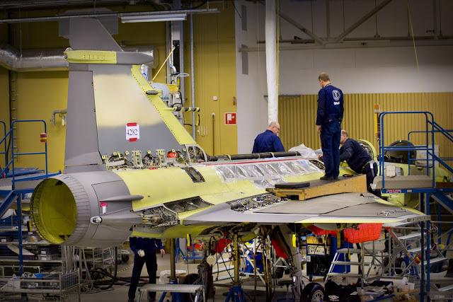 Programa FX-2 de la FAB noticias, comentarios, fotos, videos - Página 4 A_Saab-Gripen%25281%2529