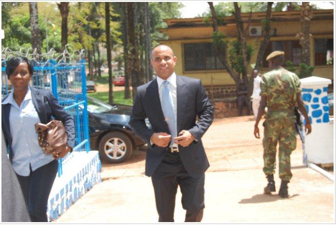 Portrait de Laurent Lamothe en fuite au Sénégal pour Corruption Laurent-Lamothe