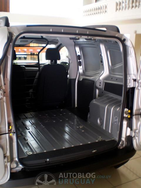 Peugeot Bipper Furgón 1.4 llega a Uruguay 5593823816_cd035482a0_z