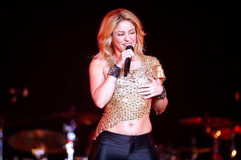 Galería » Apariciones, candids, conciertos... - Página 2 Shakira_arena1_393652S0