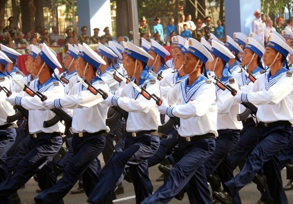 Vietnam - Página 6 Thousands%2Battend%2Brehearsal%2Bfor%2B40th%2Banniversary%2Bcelebrations%2Bof%2BVietnam%2BLiberation%2BDay%2Bparade%2B11