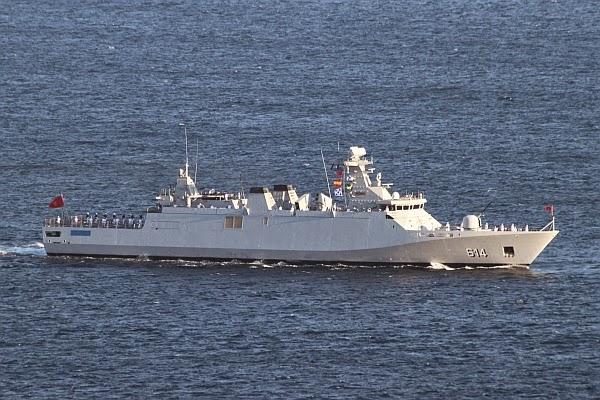 البحرية الملكية المغربية -شامل- - صفحة 12 IMG_4908