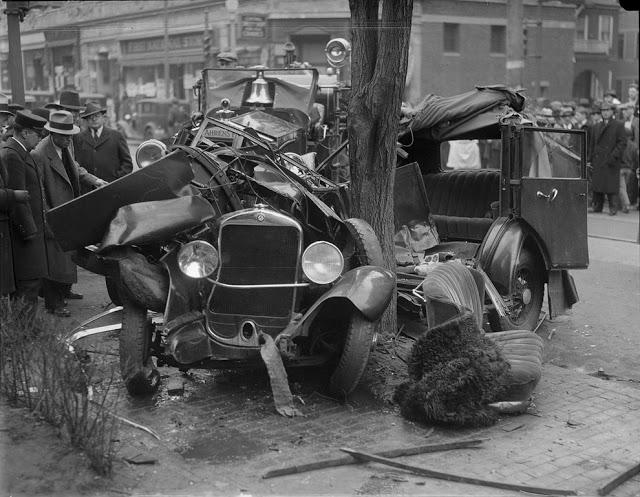 حوادث السيارات في عام 1930 أي قبل 80 سنة .. صور تكشف لأول مرة !؟ Supercoolpics_12_30082012194132
