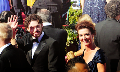 Emmy Awards Richard-Madden-Michelle-Fairley-2012-Emmy-Awards-game-of-thrones-32276087-500-300