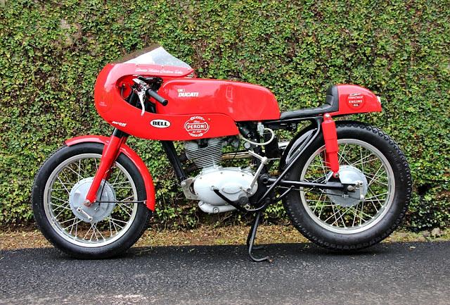 Ici on balance les Monos Ducati - Page 7 DUCATI-125-SPORT-9