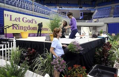 Служение Богу Works-for-convention