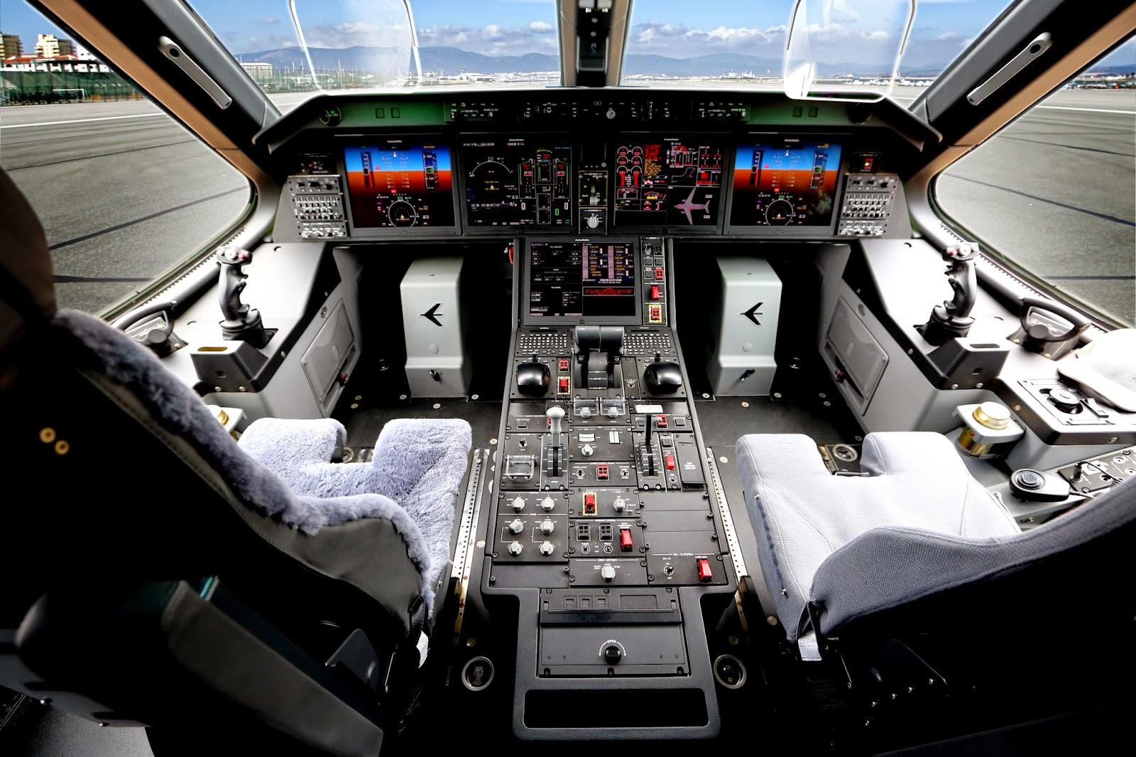 EMBRAER KC-390  - Página 39 Pro%2BLine%2BFusion%2Bon%2BKC%2B390