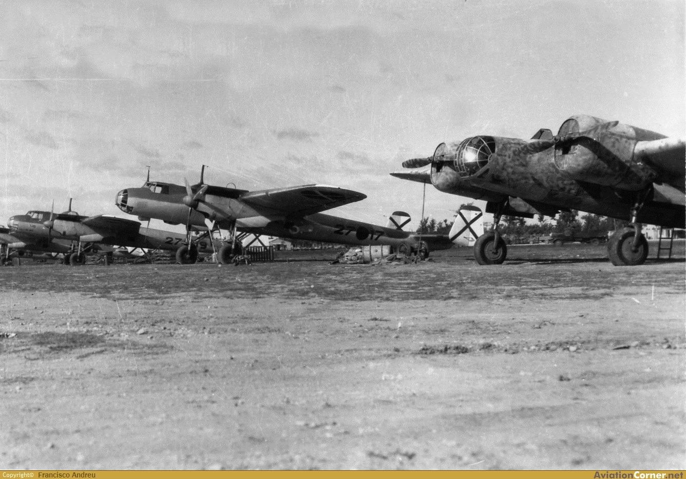 la légion condor et aviation italienne LC%2BDO-17%2B27-17%2BY%2BSB-2%2BBARAJAS%2B05-1939