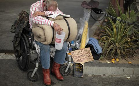 Prevén récord de pobreza en EE. UU. - Página 2 Eeuu_homeless_480x300_reuters