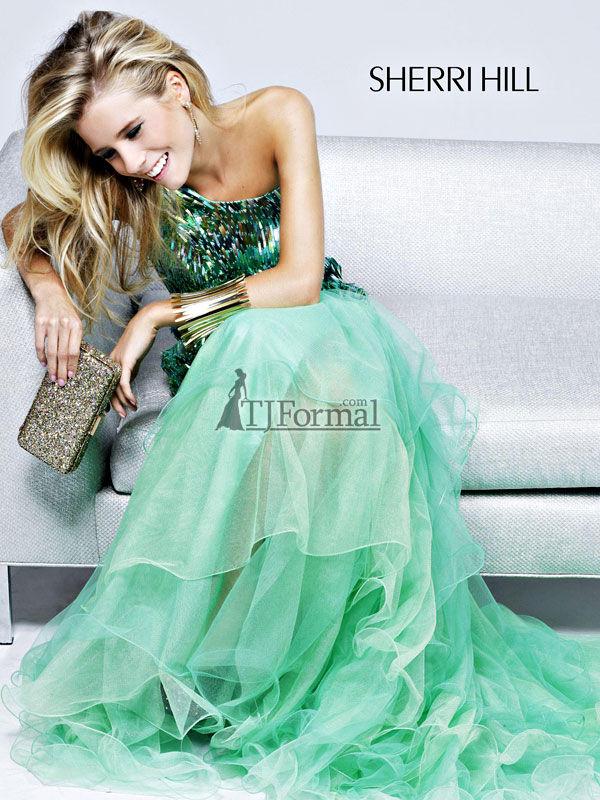 Fustane per mbremje!!!!!!!!!! Sherri-Hill-2012-Prom-Dress-2802