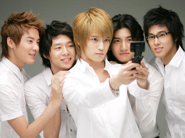 صور للفرقة الكورية TVXQ 161j51