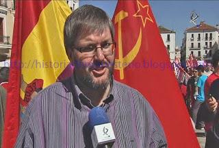 Las banderas soviéticas son desempolvadas en Cáceres Victor-cascos-iu-extremadura