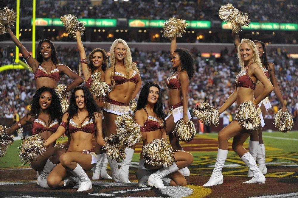 Cumple de daniel 52 Redskins-cheerleaders-2010