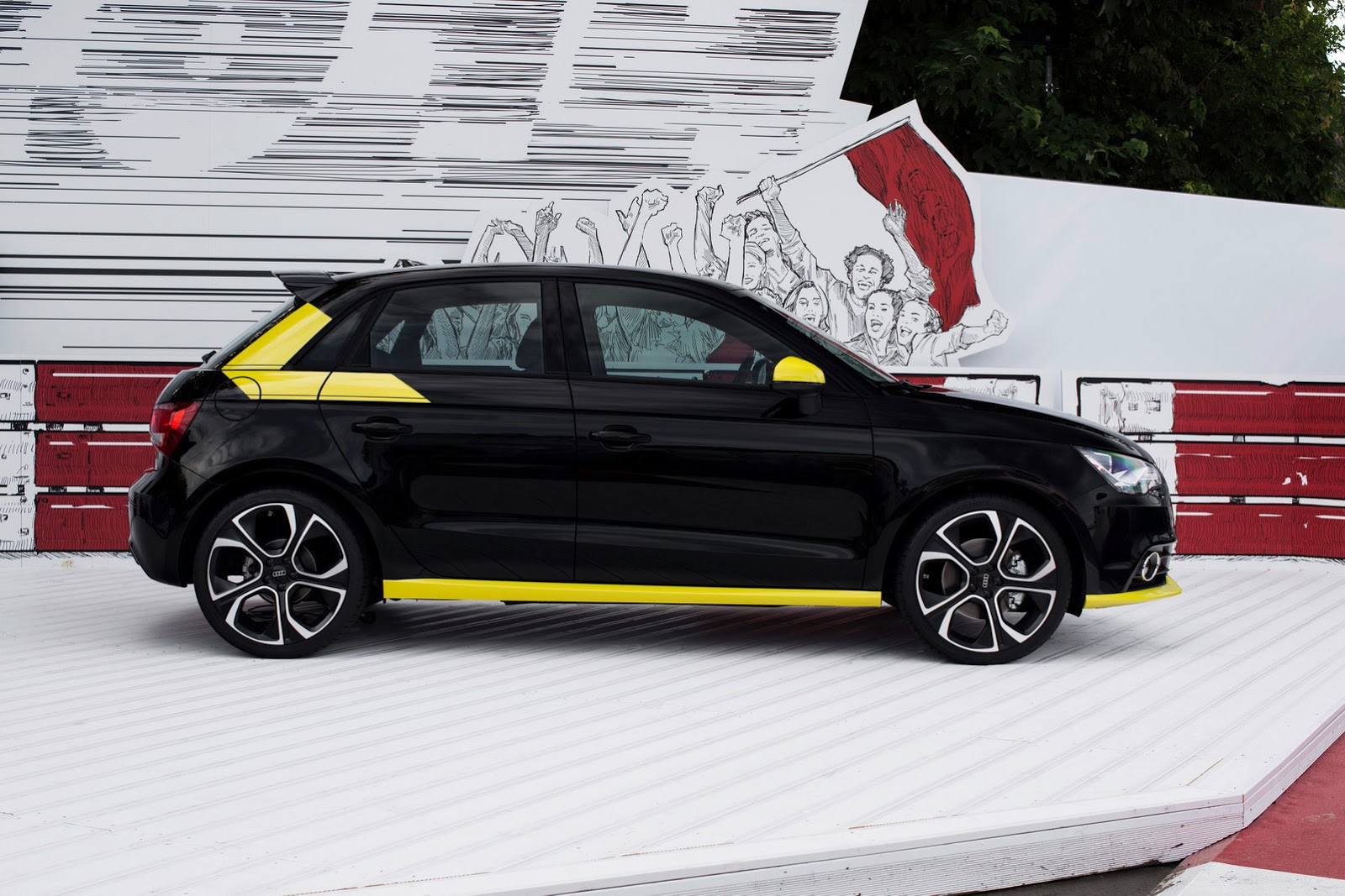 2012 - [Audi] A1 Sportback - Page 6 Audi-Worthersee-44