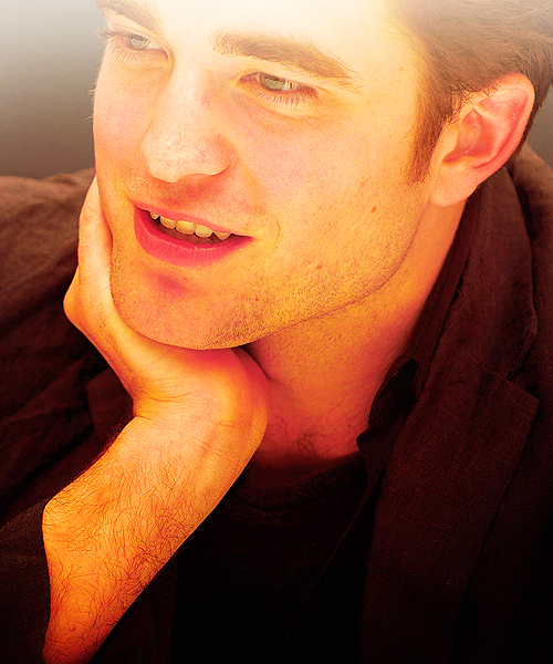 ROBERT PATTINSON - Pagina 3 Tumblr_lj522rV4sl1qa4w2ho1_500