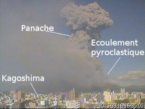 Kagoshima et la cendre du volcan Sakura-jima - Japon Volcan-sakurajima-18-ao%C3%BBt-2013