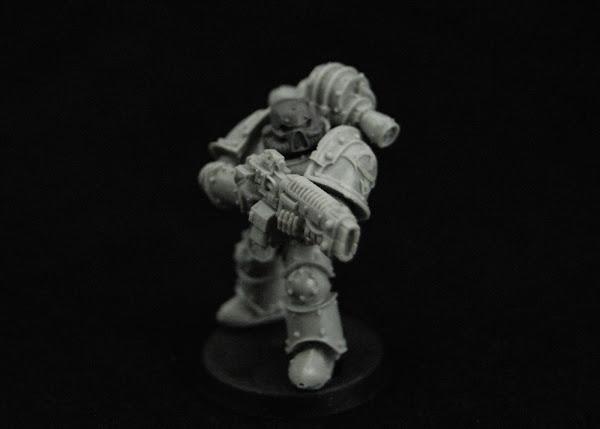 Warhammer 30k Sons of Horus  SOH_Volkite_WIP_07