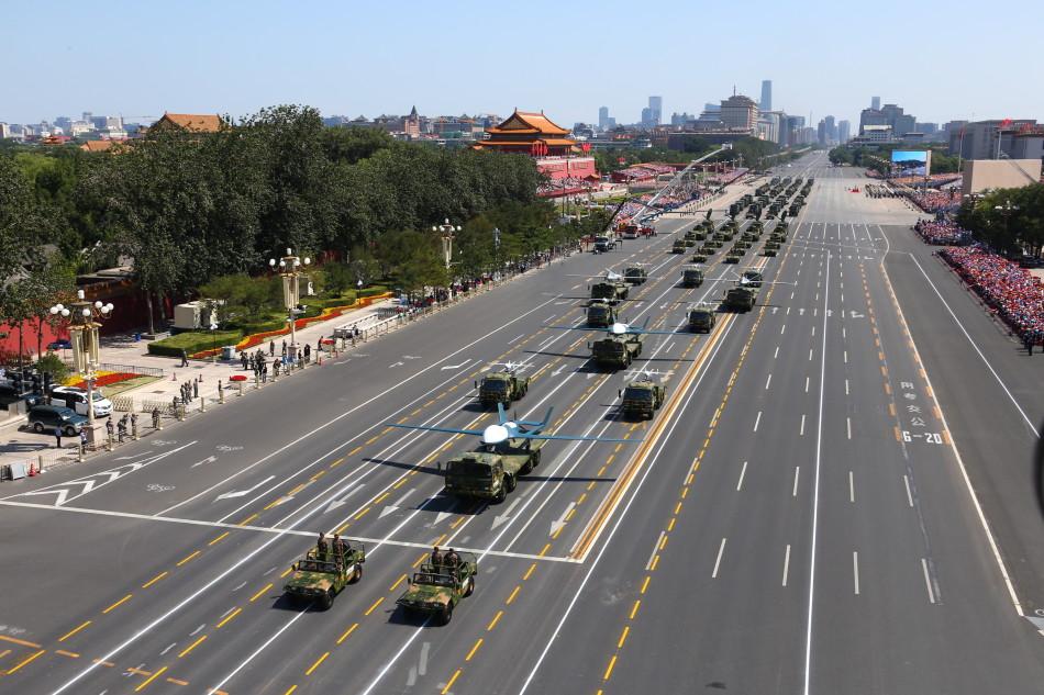 R. P. China - Página 41 Chinese%2Bunmanned%2Breconnaissance%2Battack%2Baircraft%2Bin%2BTiananmen%2BSquare%2B4