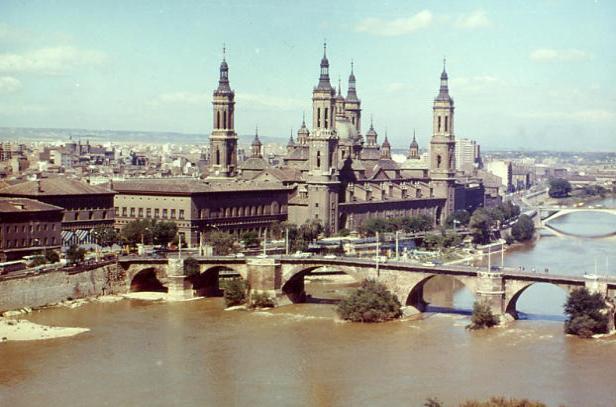 cidades de referencia e beleza  Zaragoza