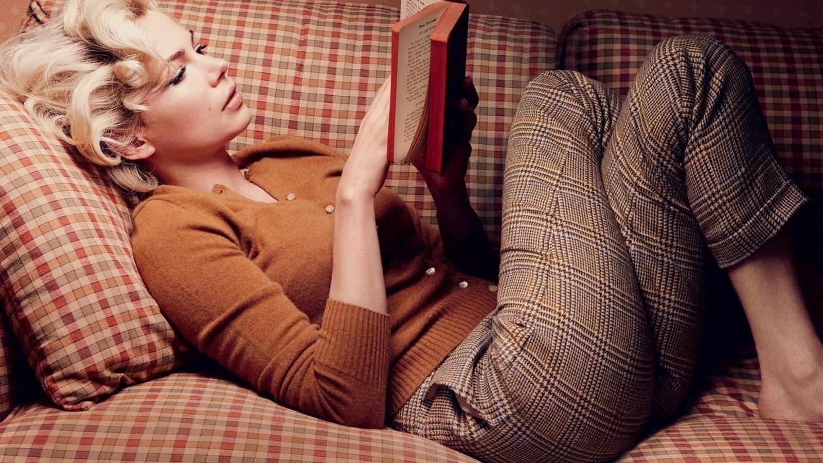 Što misliš da sada radi osoba iznad prikaži slikom - Page 6 Reading%2Bgirl13