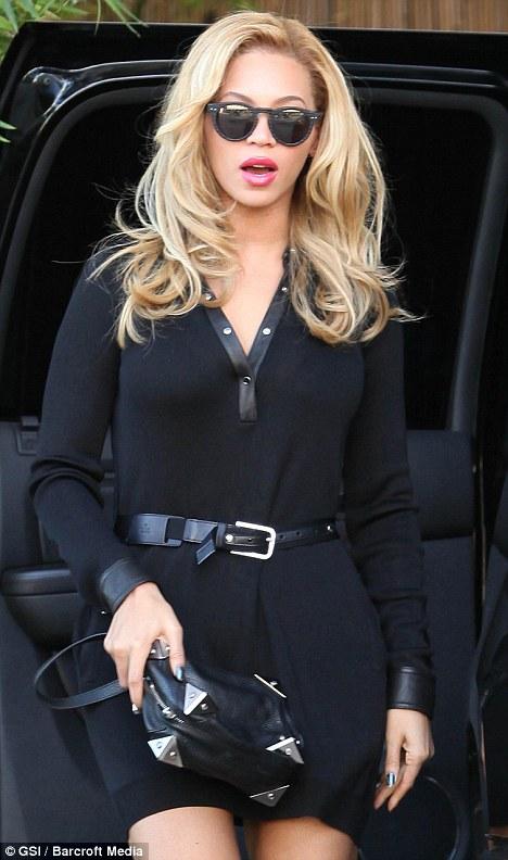 Beyoncé > Apariciones en público <Candids> [III] - Página 3 African_narco_news_bleaching_26