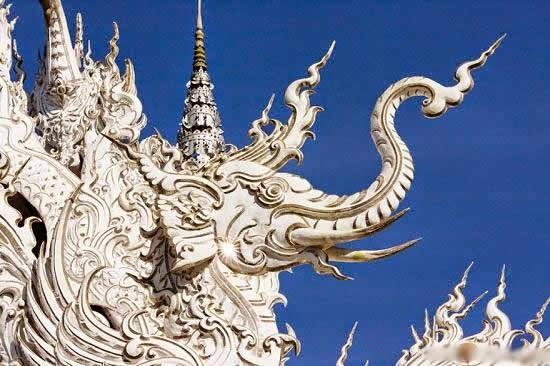 المعبد الأبيض..من أجمل الأبنية في العالم White-temple-thailand-Wat_Rong_Khun-elephant