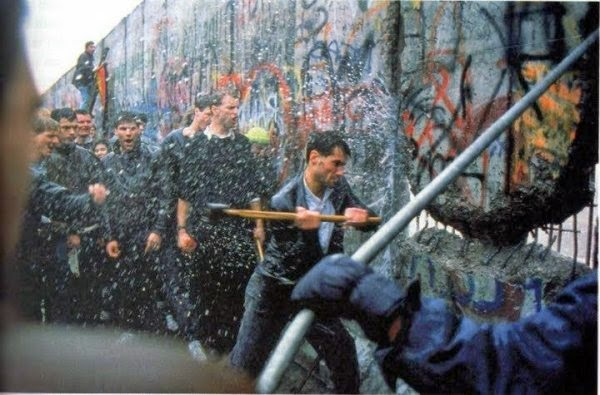 captains in real life Berlin_wall_being_torn_down_7487