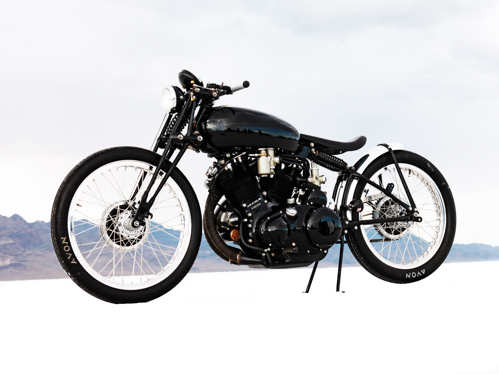 Racer, Oldies, naked ... TOPIC n°2 - Page 4 Jeff-Deckers-1952-Vincent-Black-Lightning-Custom