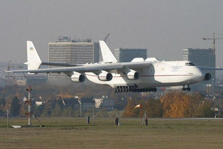 Zanimljivosti o avionima Najveci-avion-na-svetu-11