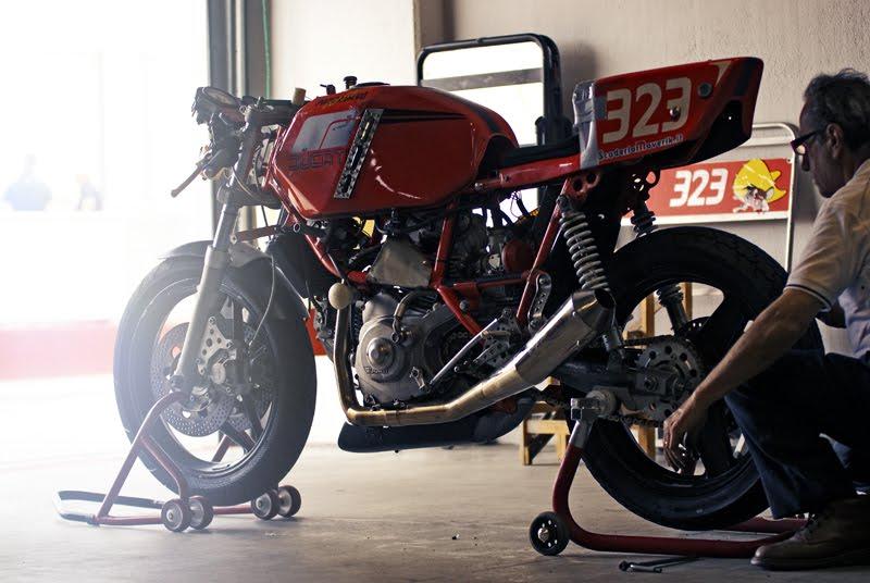 Ducati Deux soupapes - Page 6 Streetrackerendurance13