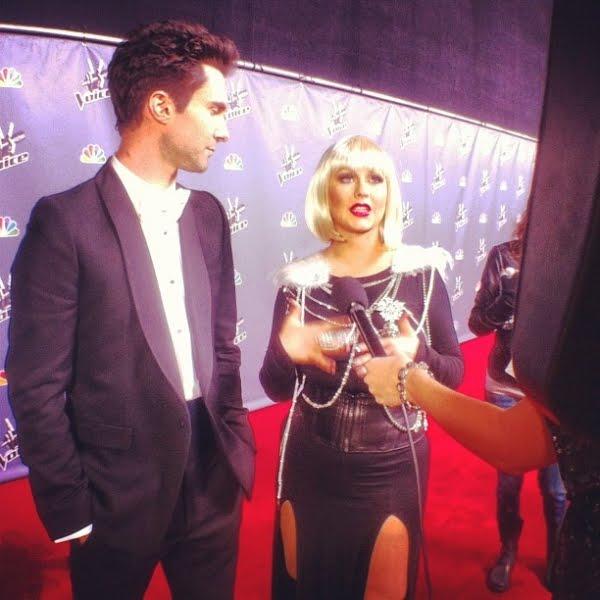 [The Voice 3] [Fotos+Videos] Christina Aguilera y Adam Levine en The Voice Press Room Normal_90%257E9