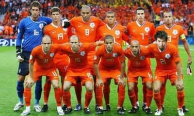 ### Giải Túc Cầu Euro 2012 ### - Page 2 NhanHoiCongChuaHoaLan-Vntvnd