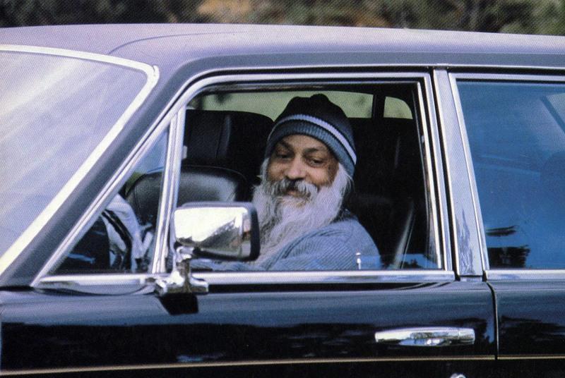 Hands: is this guru real? Osho_al_ranch_4