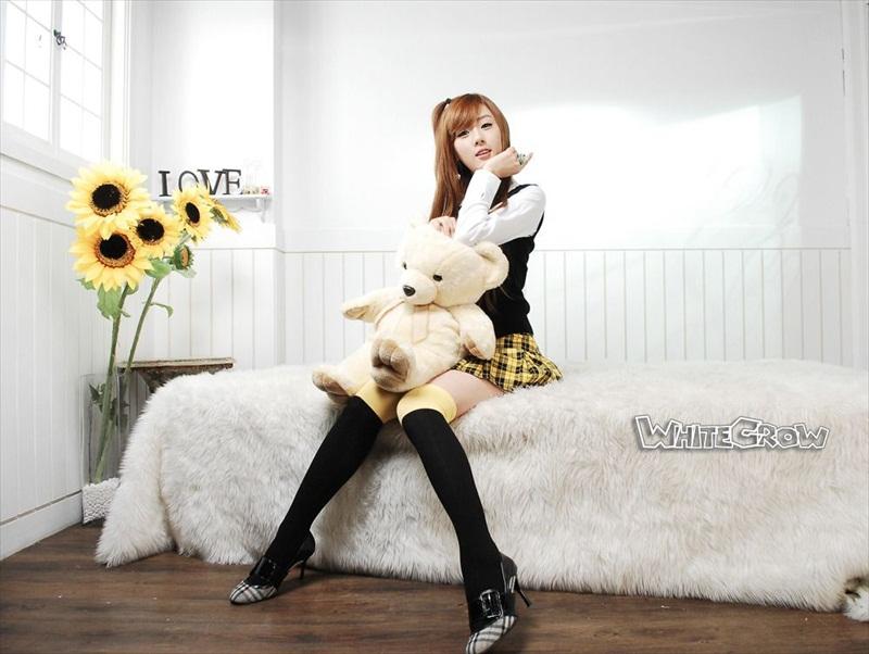 Hwang Mi Hee – Xinh không đỡ nổi Hwang_Mi_Hee_200912_14