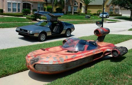 Star Wars - The Cool Weird Freaky Creepy Side of The Force - Page 38 Star_wars_landspeeder_replica
