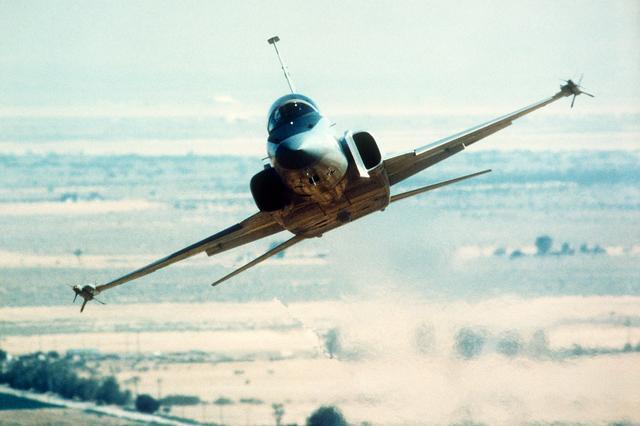 الطائرة المقاتلة المتعددة المهام F – 20 Tigershark Northrop%2BF-20%2BTigershark%2B%2BTactical%2Bfighter2