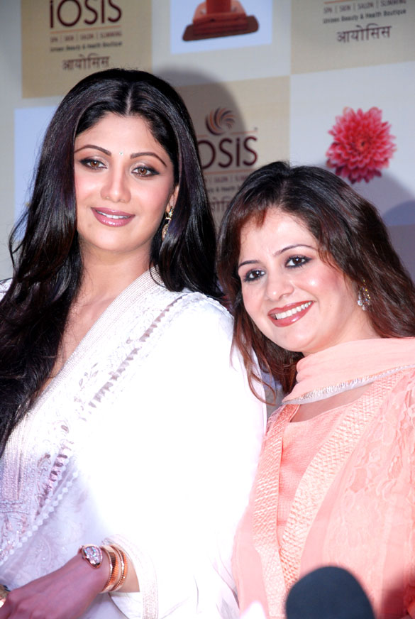 Shilpa Shetty at Lucknow branch of IOSIS spa Launch 56015587